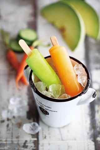 冰镇凉爽的水果棒冰手机壁纸