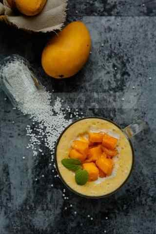 夏季甜点芒果慕斯手机壁纸