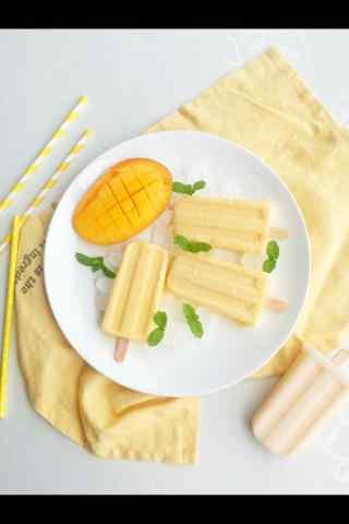 香甜可口的芒果棒冰手机壁纸