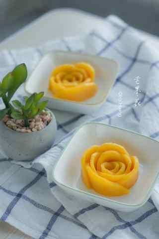 芒果果肉鲜花手机