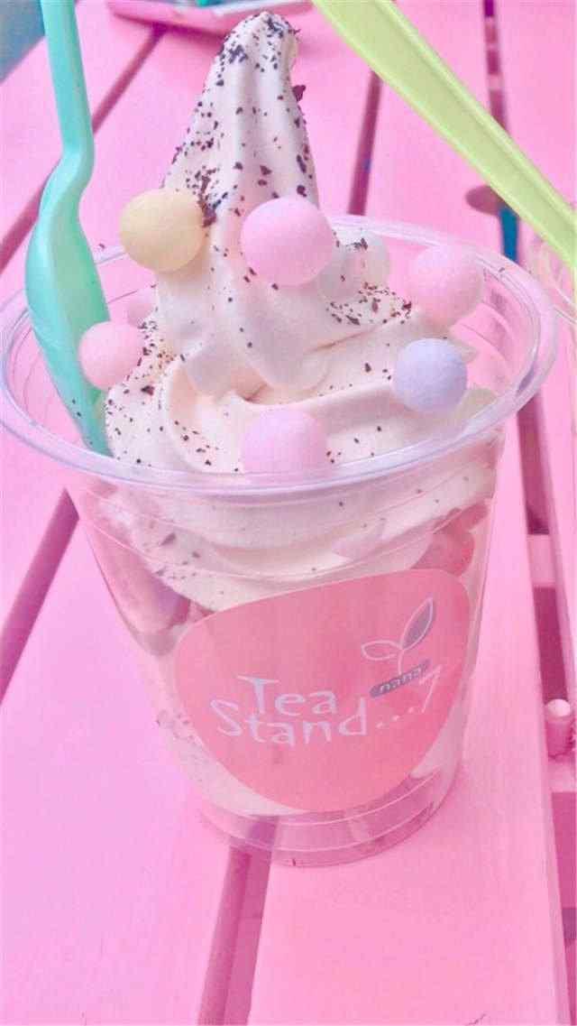 夏日清凉之粉色冰淇淋手机壁纸