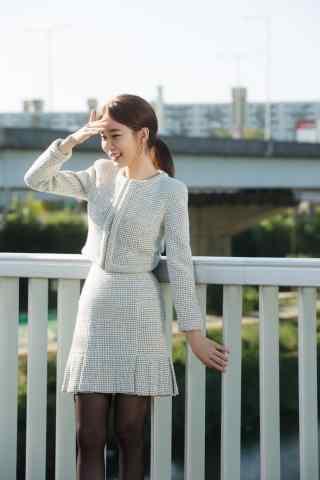 《孤单又灿烂的神-鬼怪》刘仁娜美丽手机壁纸