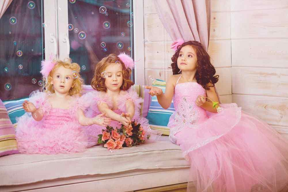 小公主的梦幻童话泡泡图片高清电脑桌面壁纸图片