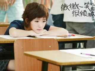 毛曉彤微微一笑很傾城飾演二喜桌面壁紙
