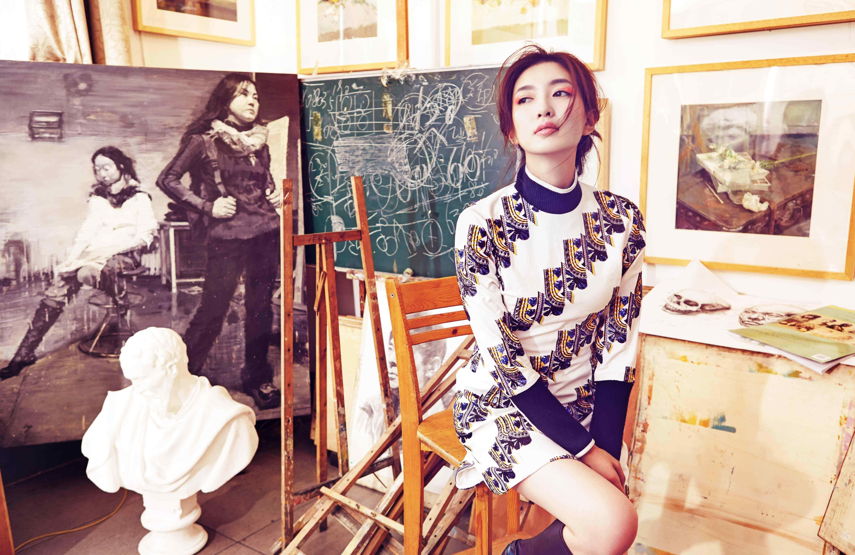 女星江疏影时尚气质写真桌面壁纸