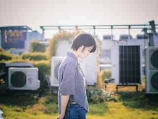 夏日小清新桂林美女桌面壁纸
