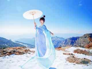 汉服小清新美女雪景桌面壁纸