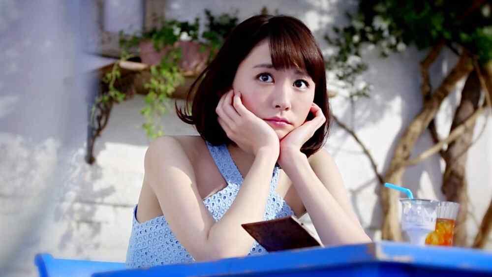日本美女新垣结衣大眼可爱美丽的图片桌面壁纸