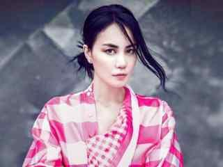 王菲个性时尚杂志美拍图片高清桌面壁纸