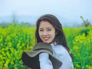 美丽可爱的长发美女小清新写真图片