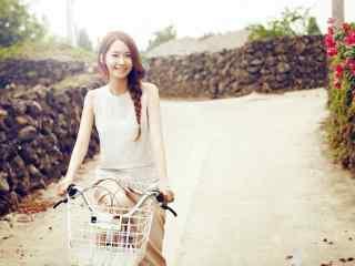 韩国美女明星允儿田园风格写真图片