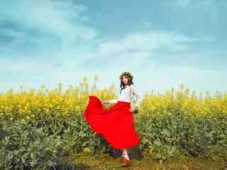 田园红色长裙美女写真图集