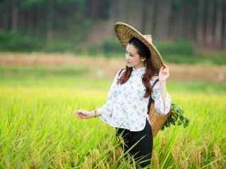 清新美女乡村田园写真图片