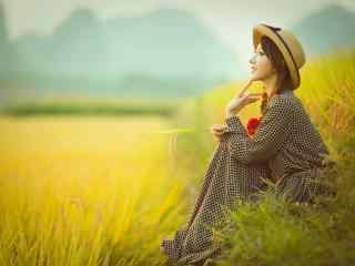 田园里的长裙美女