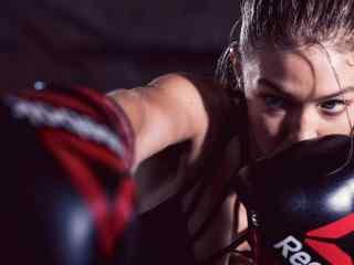 gigi拳击造型帅气性感写真