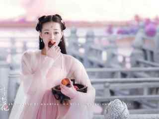 三生三世十里桃花吃果子的白凤九