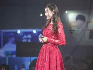 迪丽热巴红裙美艳动人桌面壁纸