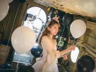 lolita洋装—少女置身在气球的海洋桌面壁纸