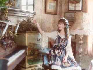 lolita洋装—复古美女可爱模样桌面壁纸