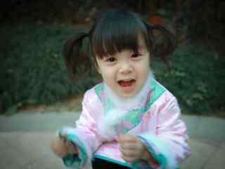 可爱笑容的哈琳小公主桌面壁纸