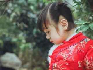 可爱的中国娃娃哈琳宝贝桌面壁纸
