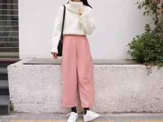 时尚美女阔腿裤近照图片