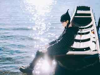 泸沽湖之美女写真高清壁纸