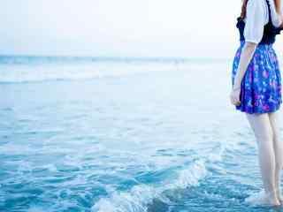 夏日清纯美女海边