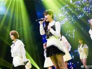 SNH48李艺彤公演可爱桌面壁纸