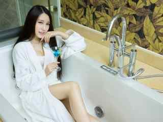 电脑高清壁纸浴袍壁纸浴缸壁纸美女壁纸性感桌面壁纸