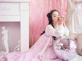 古装美女壁纸古装汉服美女图片高清电脑桌面壁纸性感美腿美女制服艺术摄影极品诱惑