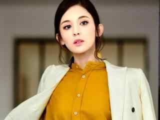 新疆美女明星古力娜扎图片电脑壁纸