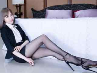 性感黑丝袜长腿美女图片高清桌面壁纸