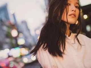 气质美女倪妮街拍写真