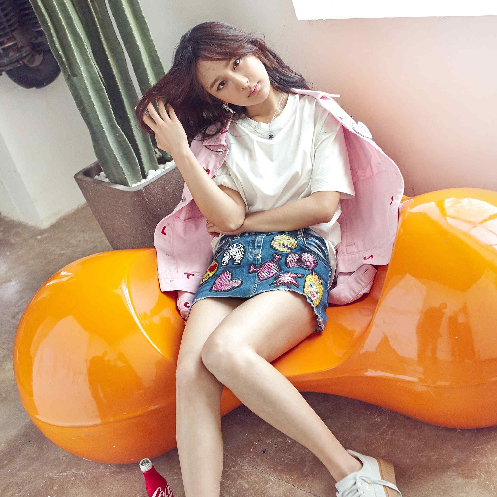 清纯女星杨紫时尚写真高清壁纸