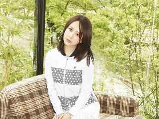 杨紫清新女神写真图片