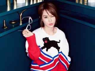 杨紫清纯性感写真图片