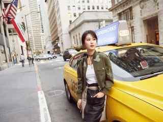 杨紫短发酷炫街拍写真图片
