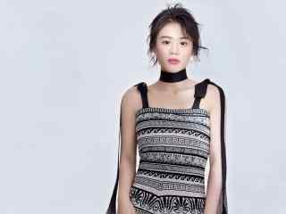 马思纯时尚抹胸裙