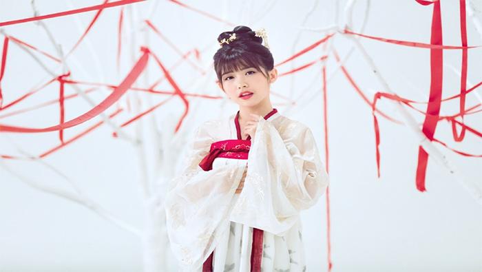赖美云红白汉服唯美高清写真壁纸图片