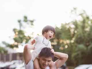 618父亲节之爸爸与孩子日常摄影图片