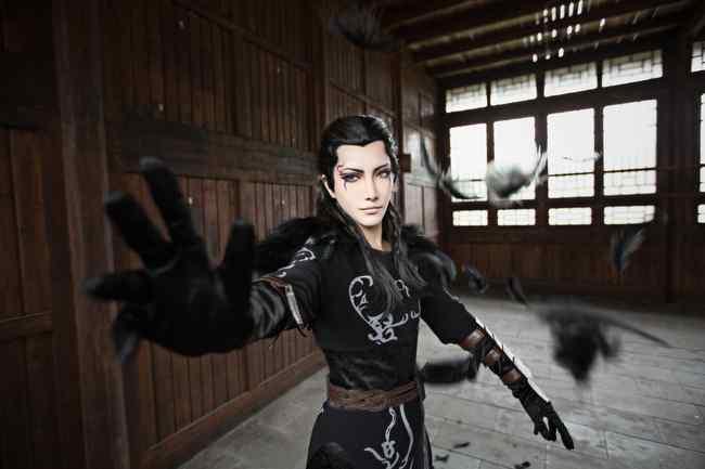 秦时明月之cosplay帅气墨鸦桌面壁纸