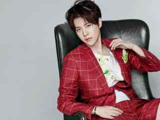徐海乔红色西装帅气时尚拍摄桌面壁纸