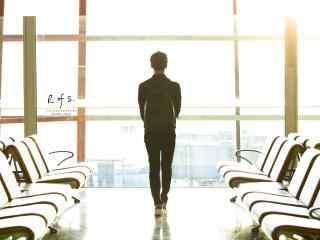 马天宇唯美机场照桌面壁纸