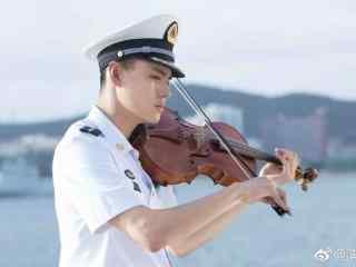 电视剧深海利剑韩冰洋拉小提琴壁纸