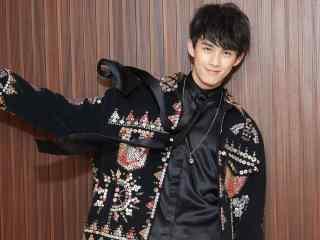吴磊时尚帅气造型最帅图片