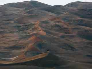 沙漠孤舟一只骆驼图片