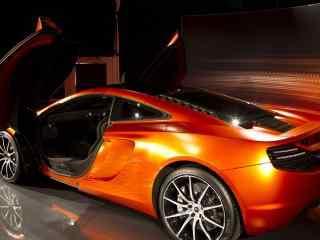 橙色侧面迈凯轮壁