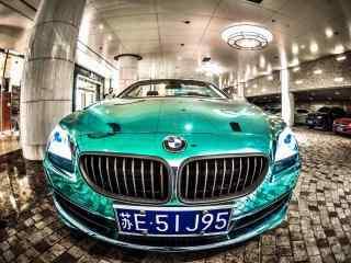 宝马炫酷绿色汽车