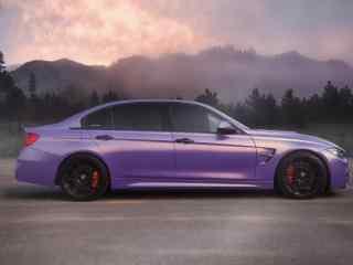宝马F35车身亮紫